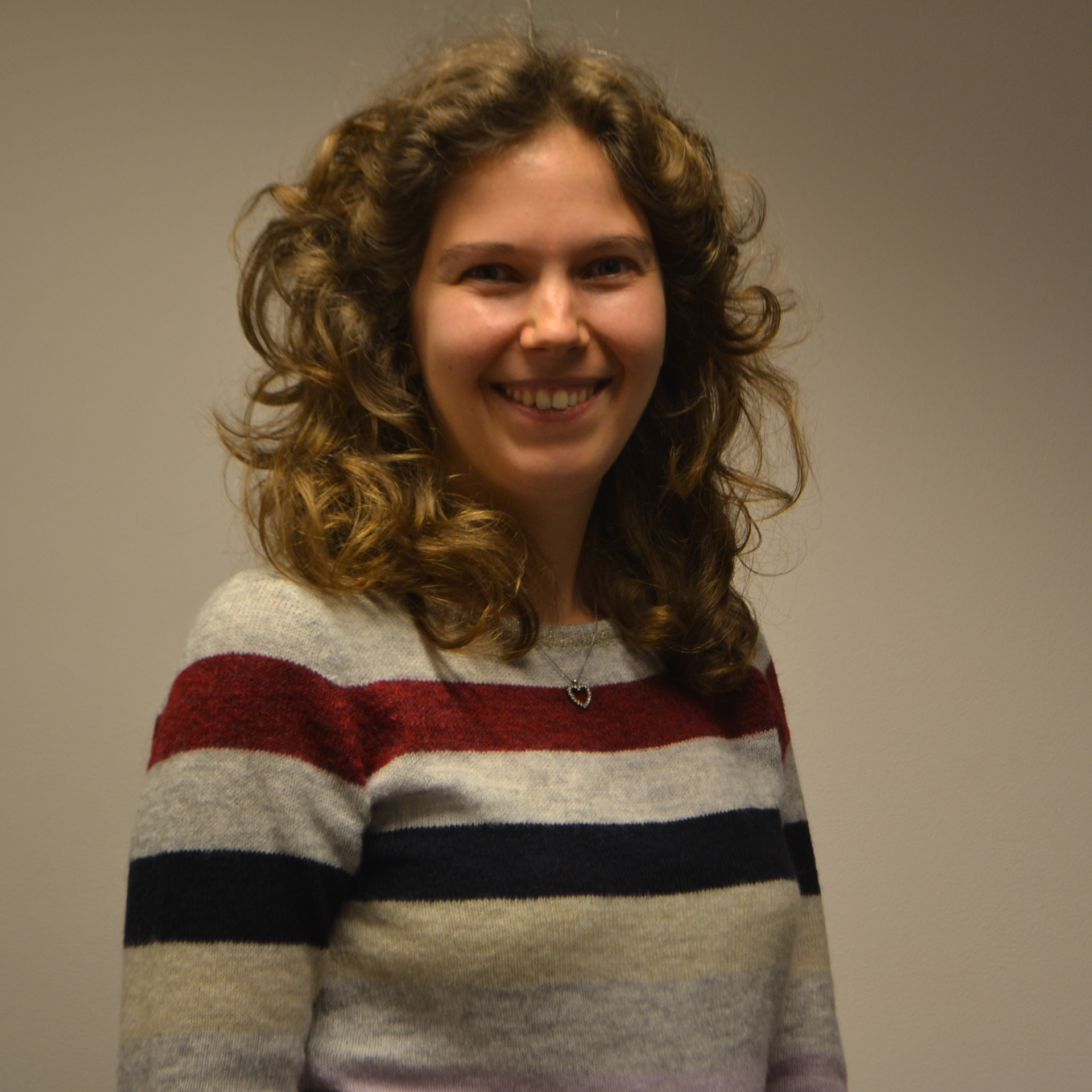 Dr. Caroline Claeys